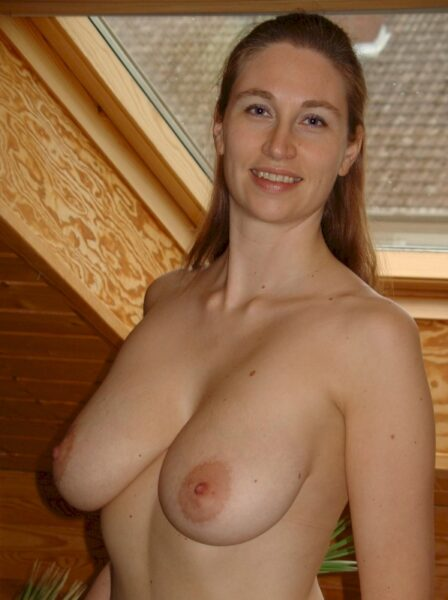 Femme infidèle sexy recherche un amant sur le 91 pour du plan q