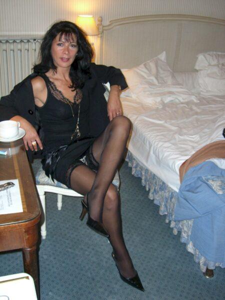 Très jolie femme infidèle recherche un vrai plan baise pour femmes mariées